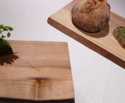 Traditional farm bread with chlorophyll and black olives butter