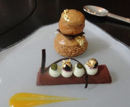Chocolate mousse and hazelnut bigne